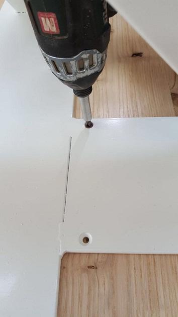 montaggio gambe tavolo XLab