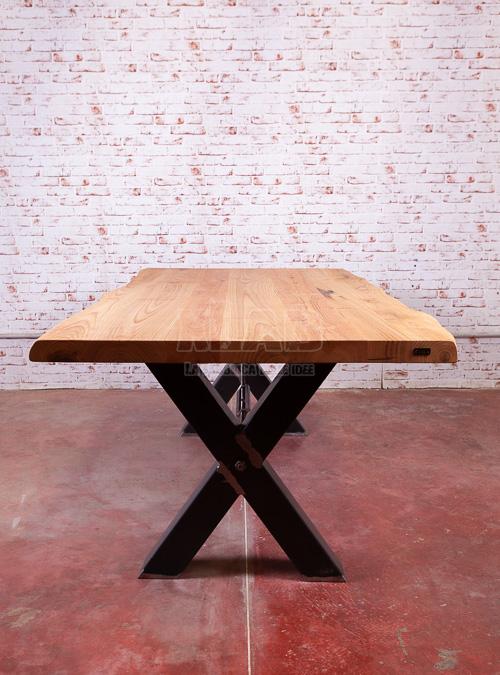 tavolo-stile-industriale-ferro-e-legno-gambe-x-design-xlab