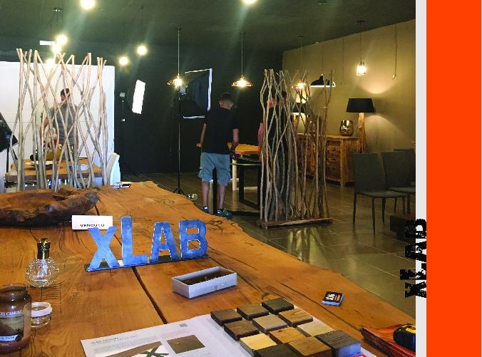 showroom xlab durante servizio fotografico, ingesso locale
