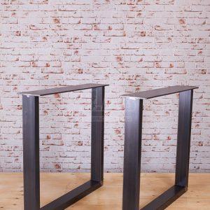 Coppia di gambe in ferro anticato per tavoli Tower Bridge 70×70