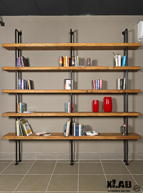 Libreria da parete in legno e ferro quasimodo xlab for Arredamento mensole a parete