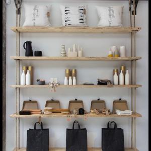 Libreria in legno e corde Ulisse design moderno
