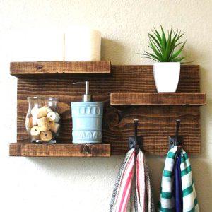 Mensola bagno in legno con porta asciugamani Kat