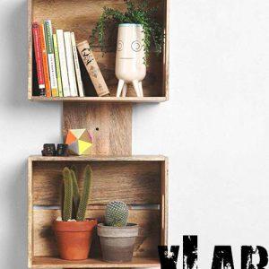 Due mensole per una libreria da parete in legno vintage