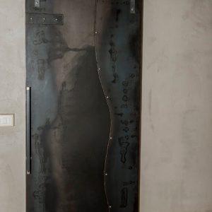 Porta su misura online scorrevole in lamiera d'acciaio stile industriale Jack
