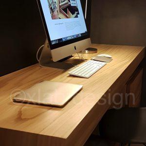 Scrivania studio in legno listellare di castagno Magris