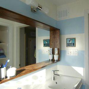 Specchio da bagno cornice mensola in legno Artemide