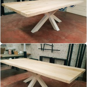 Tavolo da pranzo legno massello Big X gamba centrale in ferro
