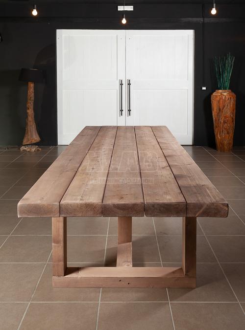 Tavolo country chic zeus ora in offerta al 20 outlet for Tavoli da soggiorno in legno