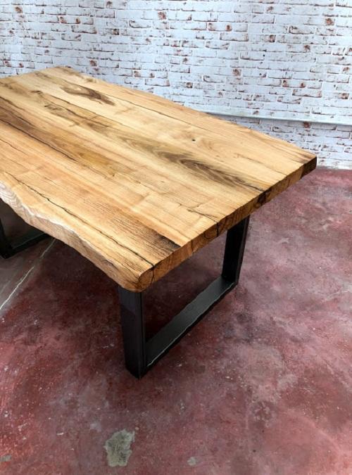 Tavolo da cucina in legno massello grezzo nathan xlab design for Tavoli per cucina in legno