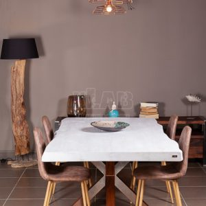 Tavolo in legno Shabby con gamba a stella ruggine Eros