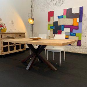 Tavolo in legno gamba centrale Paul