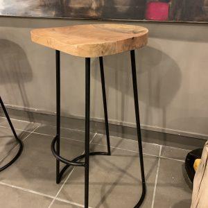 Sgabello Pigalle in legno e ferro