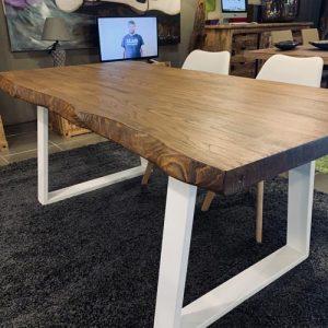 Tavolo di design in legno di castagno massello colore Teak Timothy