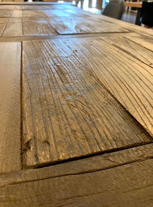 tavolo in legno di riuso