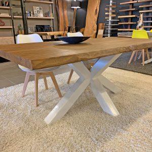Tavolo da pranzo design moderno in legno gamba centrale Ted