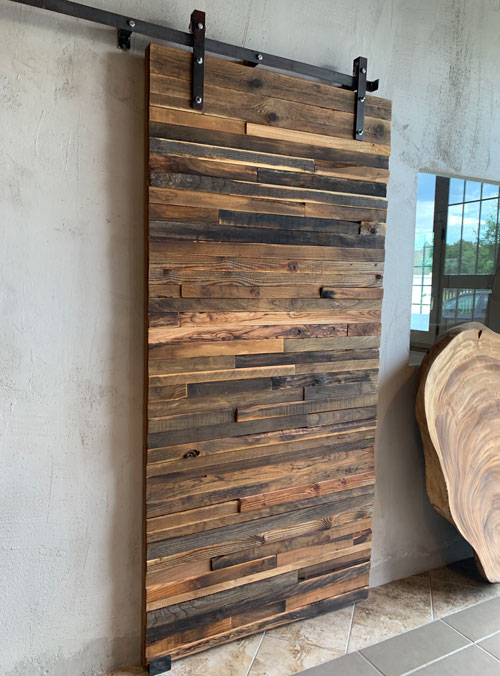Porta scorrevole da interno in legno di recupero Fabius con listelli multicolor