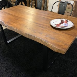 Tavolo da cucina in legno massello di castagno colore teak 180×90 cm Mark