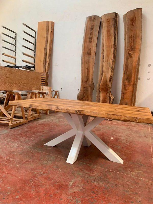 Offerta tavolo in legno in legno di castagno antico finitura Old Wood