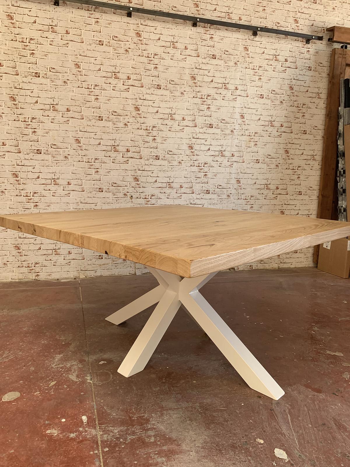 Tavolo Quadrato In Legno Massello Di Castagno Sam Xlab