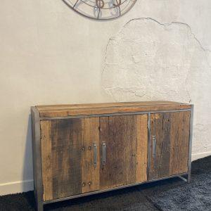 Credenza in legno invecchiato Oakland 3 sportelli