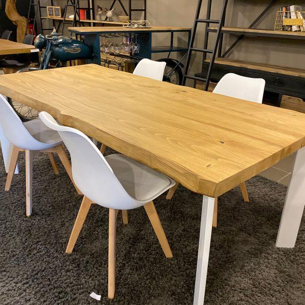 Tavolo da cucina rustico in stile industriale con gambe Slim Cristian