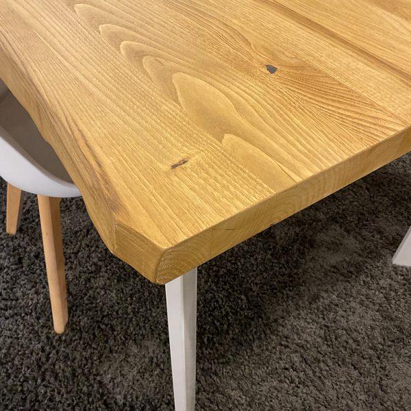 Tavolo da cucina in legno e ferro stile industriale bordi rustici taglio tronco e gambe in ferro colore bianco 200x100