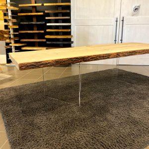 Tavolo sala da pranzo in legno massello di cedro rosso del Libano gambe in plexiglas