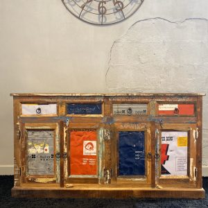 Credenza in legno massello antico stile vintage con 4 ante e 4 cassetti
