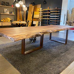 Tavoli di design in legno massello