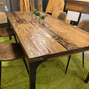 Tavoli vintage in legno