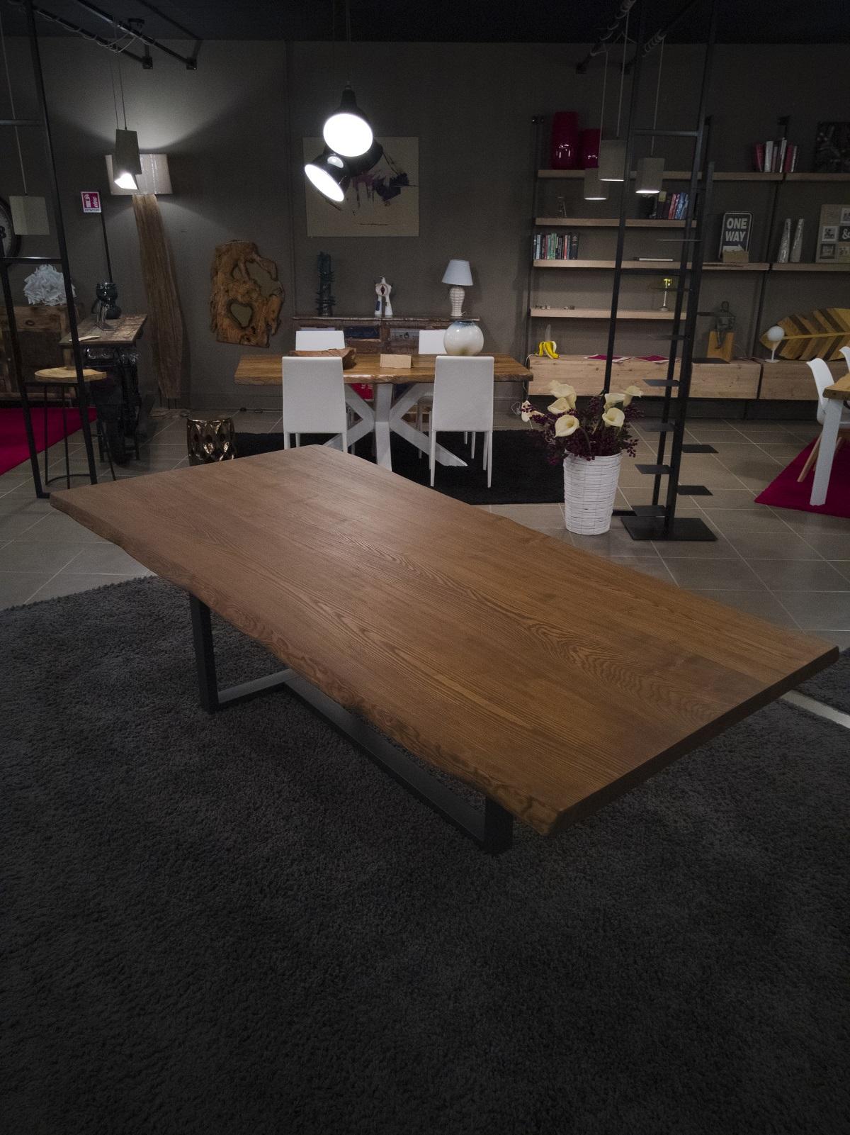Tavolo Da Pranzo Grande Legno Massello Frassino Robert 2 Xlab Design