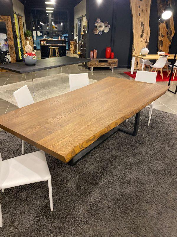 tavolo da pranzo legno massello di design
