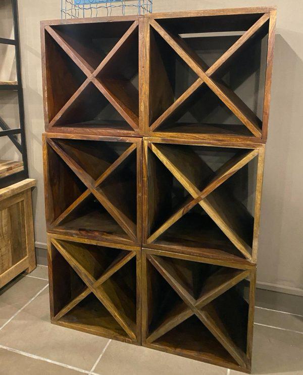 Cubo portabottiglie comodino in legno di recupero