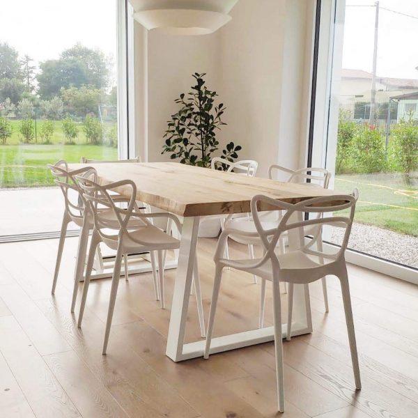 tavolo da pranzo in legno massello bordi rustici scortecciati legno di castagno naturale xlab design
