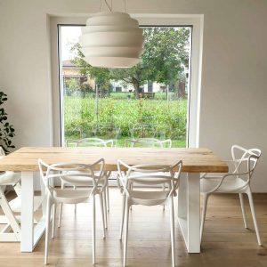 Tavolo da pranzo in legno massello con bordi rustici taglio tronco – Simon