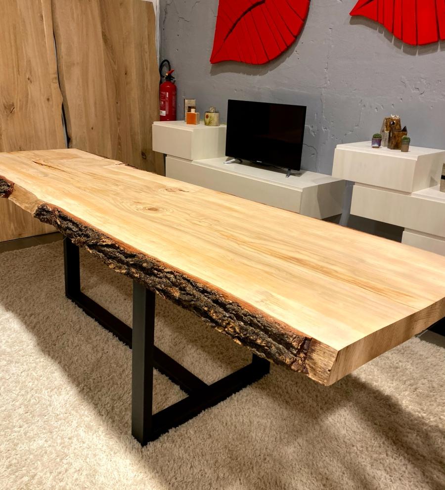 Tavoli da pranzo rustici di design in legno anche su ...