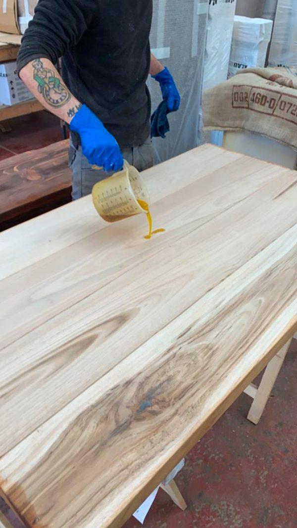 finitura olio di lino per tavolo legno massello da cucina xlab design