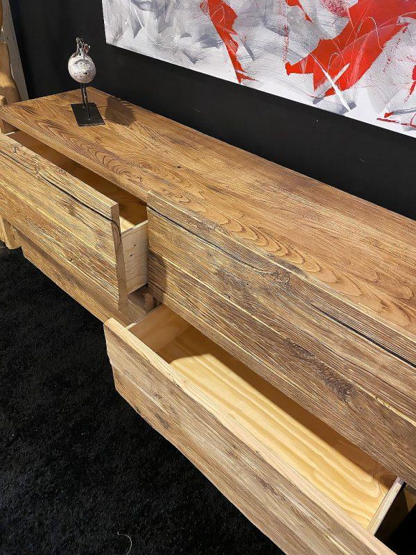 credenza in legno massello antico