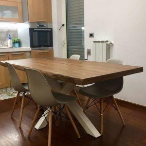 Tavoli da cucina allungabili in legno grezzo