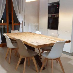 Tavolo da cucina 160×80 cm con gamba a stella centrale effetto ruggine