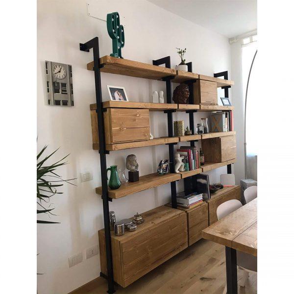 libreria legno e ferro stile industriale design italiano
