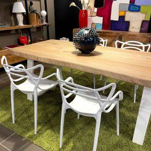 Tavolo legno massello Rovere naturale 200×95 + 4 sedie colore bianco