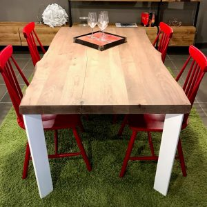 Tavolo da cucina in legno massello di rovere gambe in ferro Viola