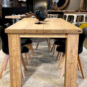 Tavolo in legno massello di rovere Sara 250 x 100 cm