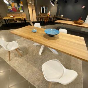 Tavolo in legno massello di rovere rustico naturale 240 cm