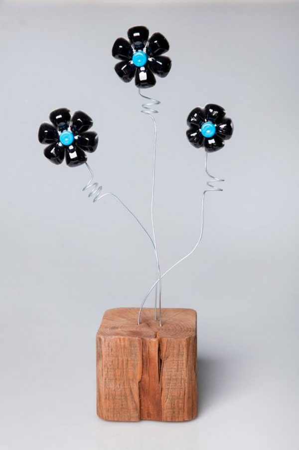 legno riuso arredo lampada fiori
