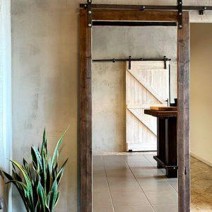 Porta scorrevole esterno muro con specchio bifacciale 115x220cm – Mirror Frame