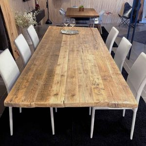 Tavolo legno antico e base in cristallo trasparente 270×98 cm – Riduci Riutilizza Ricicla
