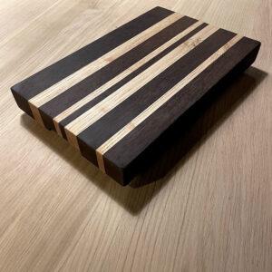 Tagliere da cucina in legno massello fatto a mano – Barcode